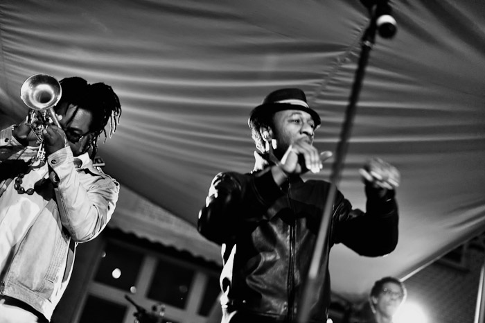 Aloe Blacc and Maya Jupiter live